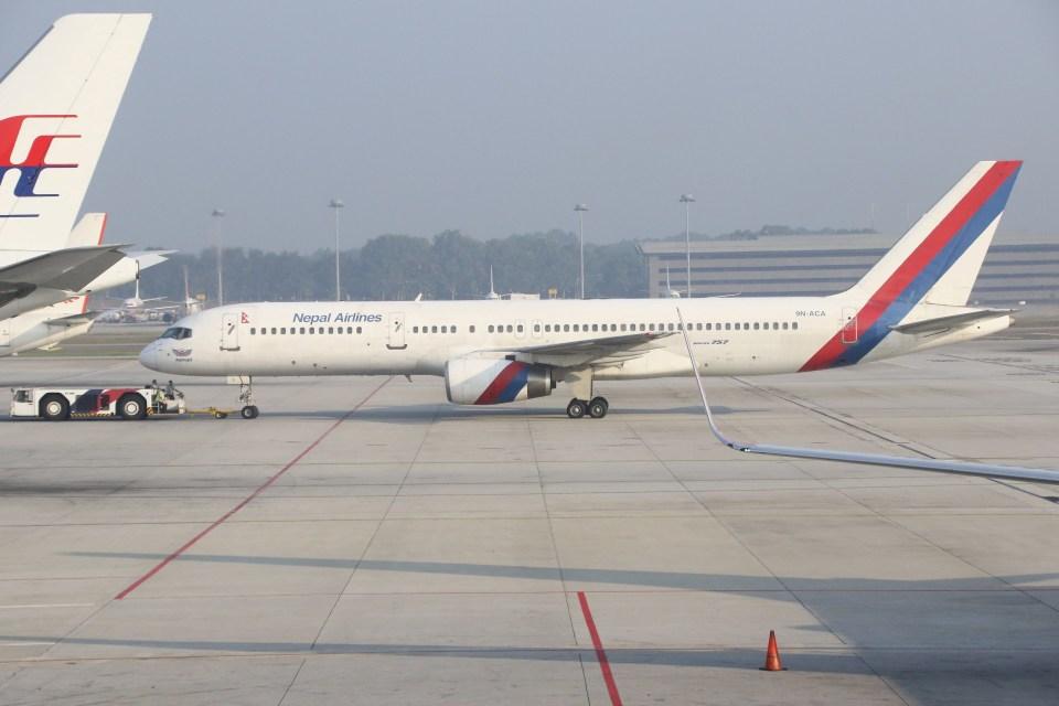 masa707さんのネパール航空 Boeing 757-200 (9N-ACA) 航空フォト