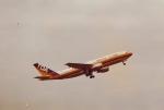 JA8037さんが、羽田空港で撮影した東亜国内航空 A300B2K-3Cの航空フォト(写真)