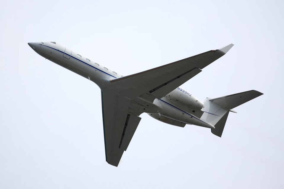 T.Sazenさんのウェルズ・ファーゴ・バンク・ノースウェスト Gulfstream Aerospace G500/G550 (n999hz) 航空フォト