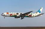 いおりさんが、山口宇部空港で撮影した全日空 767-381の航空フォト(写真)