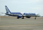 北の熊さんが、新千歳空港で撮影したナショナル・エアラインズ 757-28Aの航空フォト(写真)