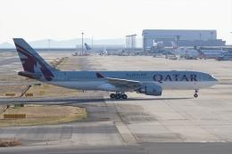 HEATHROWさんが、関西国際空港で撮影したカタール航空 A330-202の航空フォト(飛行機 写真・画像)