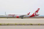 山河 彩さんが、関西国際空港で撮影したエア・カナダ・ルージュ 767-316/ERの航空フォト(写真)