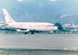 JA8037さんが、台北松山空港で撮影した遠東航空 737-247の航空フォト(飛行機 写真・画像)
