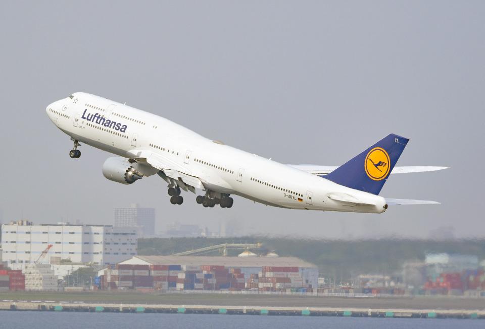 tsubasa0624さんのルフトハンザドイツ航空 Boeing 747-8 (D-ABYL) 航空フォト