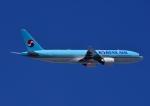 じーく。さんが、羽田空港で撮影した大韓航空 777-2B5/ERの航空フォト(飛行機 写真・画像)