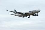北の熊さんが、新千歳空港で撮影したキャセイパシフィック航空 A340-313Xの航空フォト(飛行機 写真・画像)