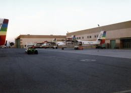 委員会の老人さんが、ノース・ラスベガス空港で撮影したシーニック航空 DHC-6 Twin Otterの航空フォト(飛行機 写真・画像)