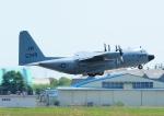じーく。さんが、厚木飛行場で撮影したアメリカ海軍 C-130 Herculesの航空フォト(飛行機 写真・画像)