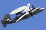 take_2014さんが、厚木飛行場で撮影したアメリカ海軍 E-2 Hawkeyeの航空フォト(飛行機 写真・画像)