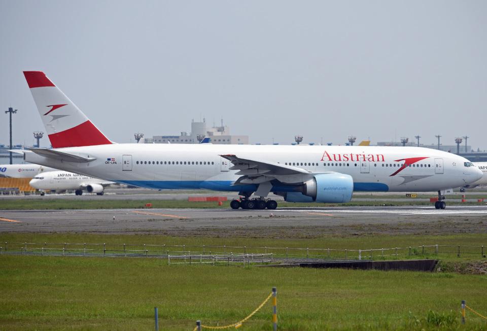 tsubasa0624さんのオーストリア航空 Boeing 777-200 (OE-LPA) 航空フォト