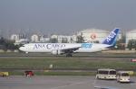 TAOTAOさんが、青島流亭国際空港で撮影した全日空 767-381Fの航空フォト(写真)