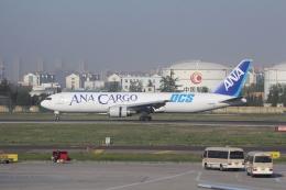 TAOTAOさんが、青島流亭国際空港で撮影した全日空 767-381Fの航空フォト(飛行機 写真・画像)