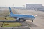 Rossiさんが、関西国際空港で撮影した大韓航空 777-2B5/ERの航空フォト(写真)
