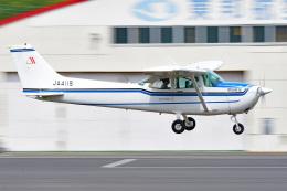 tsubasa0624さんが、調布飛行場で撮影した朝日航空 172Pの航空フォト(飛行機 写真・画像)