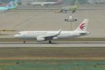 resocha747さんが、仁川国際空港で撮影した中国東方航空 A320-214の航空フォト(写真)