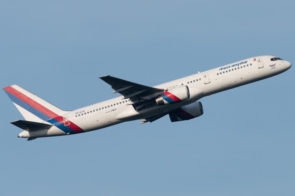 pinama9873さんのネパール航空 Boeing 757-200 (9N-ACB) 航空フォト