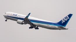 coolinsjpさんが、大連周水子国際空港で撮影した全日空 767-381/ERの航空フォト(飛行機 写真・画像)