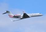じーく。さんが、成田国際空港で撮影したPRIVATE G500/G550 (G-V)の航空フォト(飛行機 写真・画像)