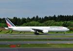 じーく。さんが、成田国際空港で撮影したエールフランス航空 777-328/ERの航空フォト(飛行機 写真・画像)
