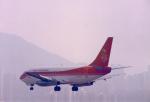 JA8037さんが、啓徳空港で撮影した香港ドラゴン航空 737-2S3/Advの航空フォト(写真)