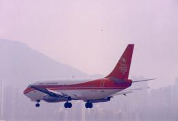 JA8037さんが、啓徳空港で撮影した香港ドラゴン航空 737-2S3/Advの航空フォト(飛行機 写真・画像)