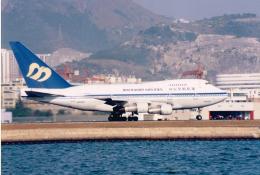 JA8037さんが、啓徳空港で撮影したマンダリン航空 747SP-09の航空フォト(飛行機 写真・画像)