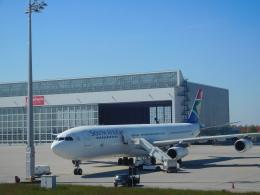 michaelさんが、ミュンヘン・フランツヨーゼフシュトラウス空港で撮影した南アフリカ航空 A340-313Xの航空フォト(飛行機 写真・画像)