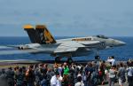 たーげっとさんが、USS George Washington で撮影したアメリカ海軍 F/A-18E Super Hornetの航空フォト(飛行機 写真・画像)