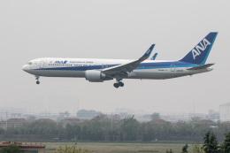 xingyeさんが、青島流亭国際空港で撮影した全日空 767-381/ERの航空フォト(飛行機 写真・画像)