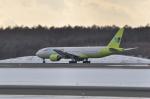 small marshさんが、新千歳空港で撮影したジンエアー 777-2B5/ERの航空フォト(写真)