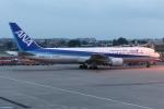 kinsanさんが、成都双流国際空港で撮影した全日空 767-381/ERの航空フォト(写真)