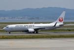 tsubasa0624さんが、関西国際空港で撮影した日本航空 737-846の航空フォト(飛行機 写真・画像)