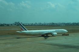 シフォンさんが、タンソンニャット国際空港で撮影したエールフランス航空 777-328/ERの航空フォト(写真)