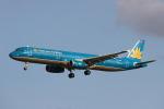 りんたろうさんが、成田国際空港で撮影したベトナム航空 A321-231の航空フォト(写真)