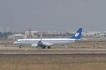 とらとらさんが、アタテュルク国際空港で撮影したベラヴィア航空 ERJ-190-200 LR (ERJ-195LR)の航空フォト(飛行機 写真・画像)