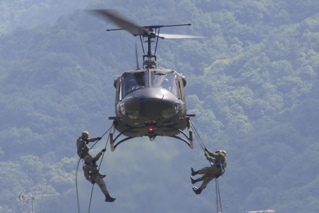 キョマカイちゃんさんが、海田市駐屯地で撮影した陸上自衛隊 UH-1Jの航空フォト(飛行機 写真・画像)