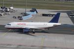matsuさんが、フランクフルト国際空港で撮影したエア・ベルリン A319-112の航空フォト(写真)