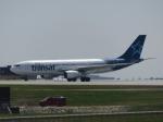 aquaさんが、カルガリー国際空港で撮影したエア・トランザット A330-243の航空フォト(写真)