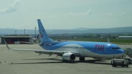 McKeeさんが、ユーロエアポート・バーゼルで撮影したトゥイフライ 737-86Jの航空フォト(飛行機 写真・画像)