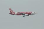 resocha747さんが、香港国際空港で撮影したエアアジア A320-216の航空フォト(写真)