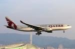 青春の1ページさんが、関西国際空港で撮影したカタール航空 A330-202の航空フォト(写真)