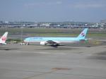 まっつーさんが、羽田空港で撮影した大韓航空 777-3B5の航空フォト(写真)