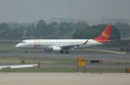 sakuraさんが、西安咸陽国際空港で撮影したGXエアラインズ ERJ-190-100 LR (ERJ-190LR)の航空フォト(飛行機 写真・画像)
