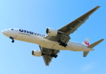 Tomo_lgmさんが、福岡空港で撮影した日本航空 777-246の航空フォト(写真)