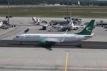 matsuさんが、フランクフルト国際空港で撮影したトルクメニスタン航空 737-82Kの航空フォト(飛行機 写真・画像)