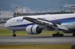 アドリア海さんが、伊丹空港で撮影した全日空 777-381の航空フォト(飛行機 写真・画像)