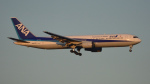 BeyondWorksさんが、羽田空港で撮影した全日空 767-381の航空フォト(写真)