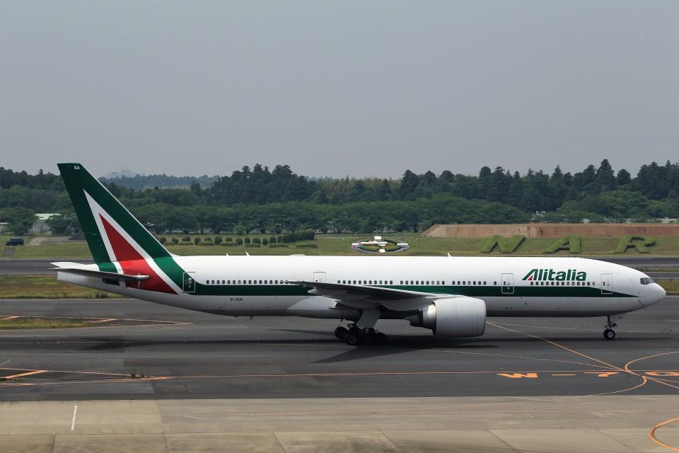 T.Sazenさんのアリタリア航空 Boeing 777-200 (EI-ISA) 航空フォト