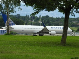 yusuke@HNDさんが、ジュネーヴ・コアントラン国際空港で撮影したユナイテッド航空 767-322/ERの航空フォト(飛行機 写真・画像)